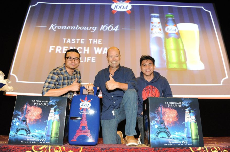 Five lucky fans walked away with the Eiffel Tower styled Kronenbourg 1664 beer tower and limited edition mini cooler.  Unfortunately I didn't win one but hopefully I will next time!