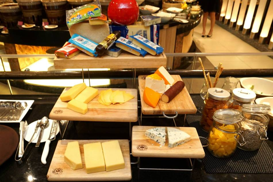 The cheese station really impressed me with their wide selection of cheeses!