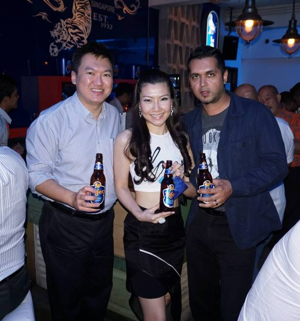 With Veron and Deep the Thirsty Blogger