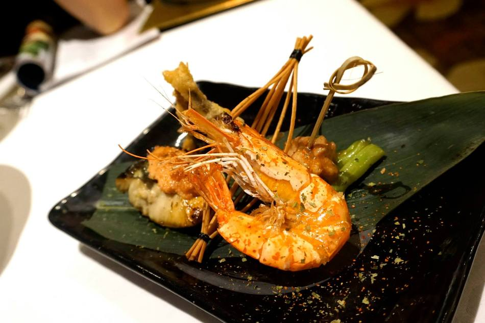 Live tiger prawn, capellin tempura, Chicken jibuni style and BBQ mackerel with roe