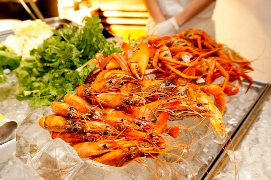 Poached seafood station - choose your seafood and the nice chef on duty will poach them for you