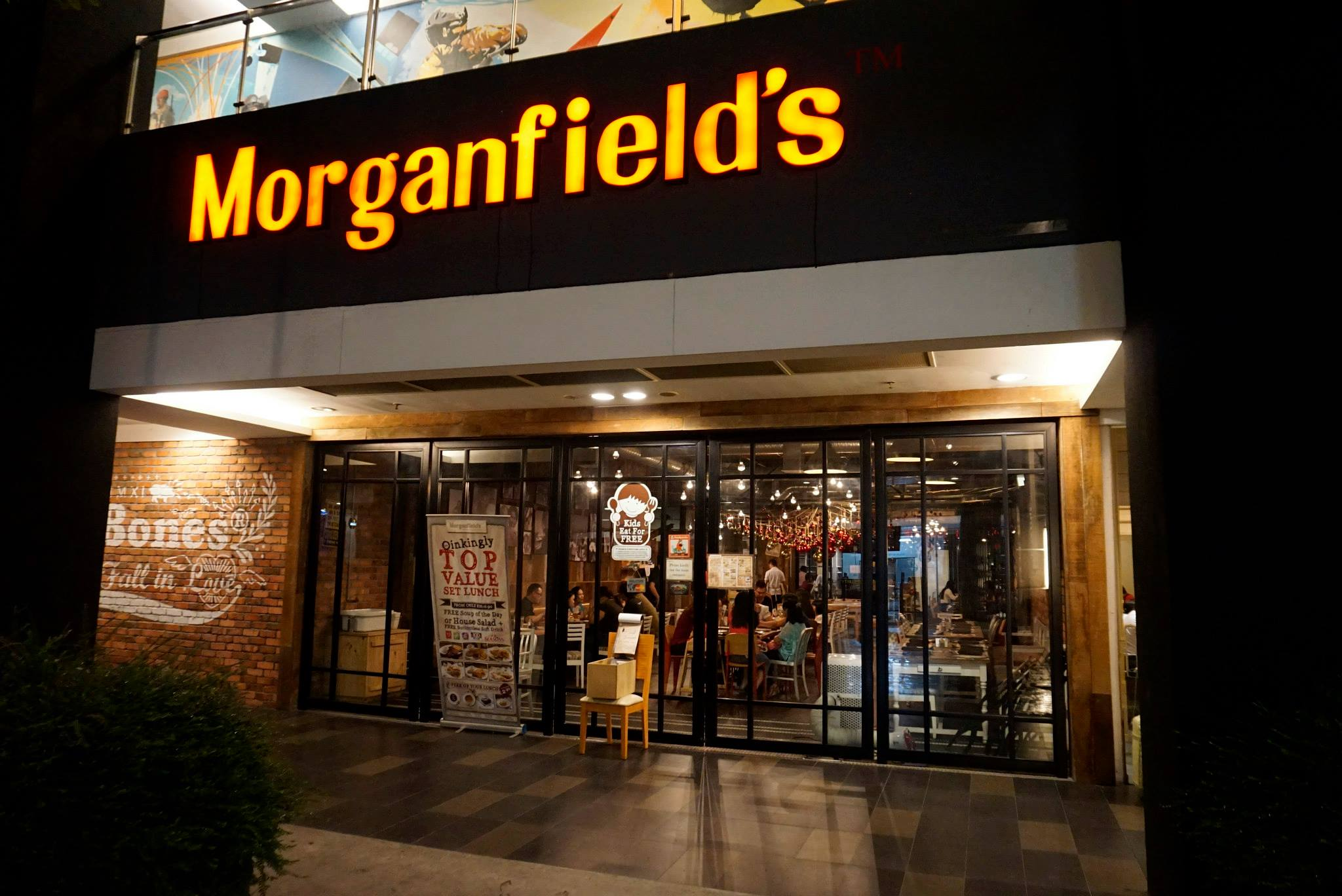 morganfield men Lot ug 30 & 31 tel: +606-7611860 morganfield's @ mount austin, johor: jalan  austin heights 8/5 tel: +607-3587705 morganfield's @ da men mall, usj.