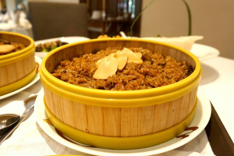 Wok-fried glutinous rice with assorted wax meat