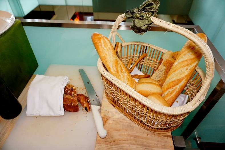 I love bread and I was happy to see a bread basket with lots of different types of breads