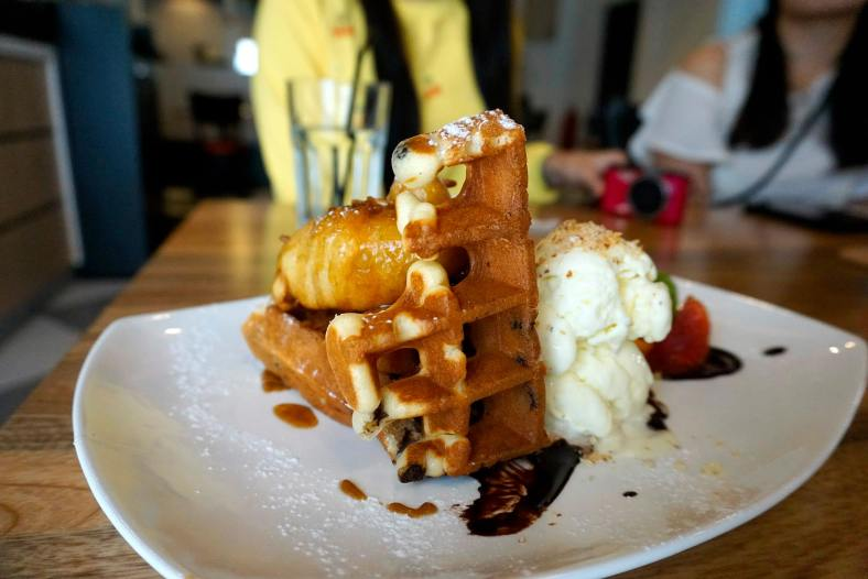 Melting Moments - RM16.00 - choc chip waffle, deep fried banana, salted caramel sauce, coconut & almond vanilla crust