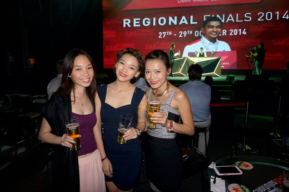 Naomi Tham, Anna Bella Wong and Caroline