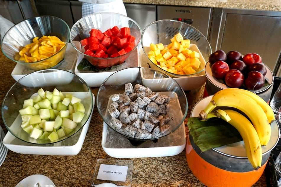Healthy fresh fruits to end the meal