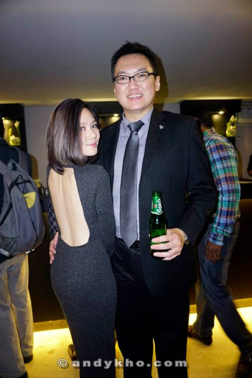 With the sexy Jiali