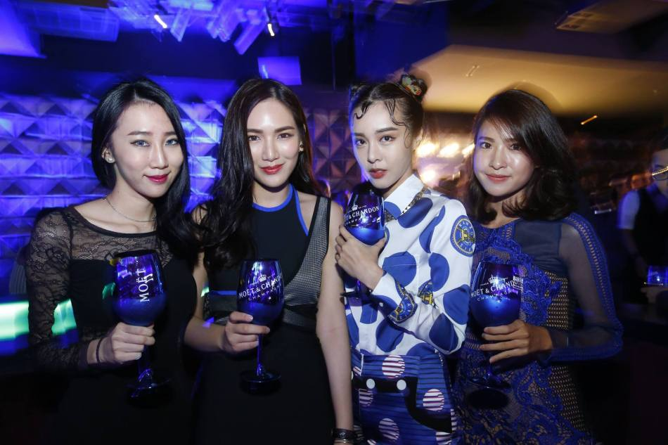 Jane Chuck, Cathryn Lee and Isabella Kuan with a friend