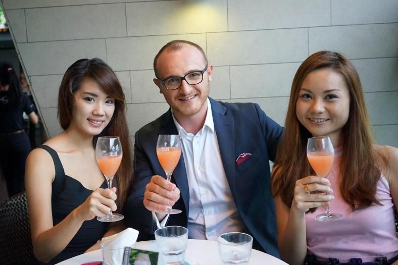 Jiayeen and Mabel with the principal from Venice