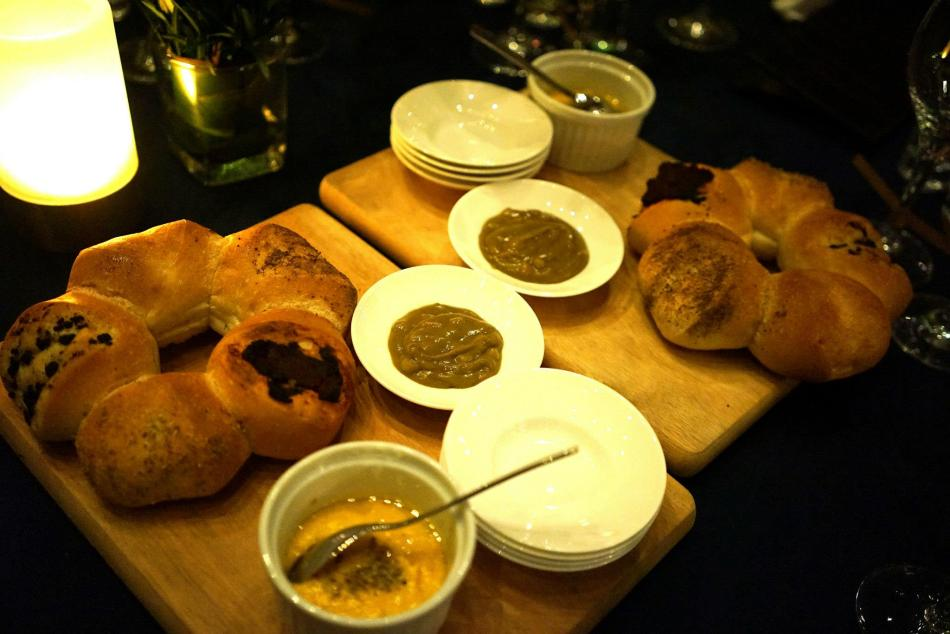 Some really tasty breads which are made in-house to get us started
