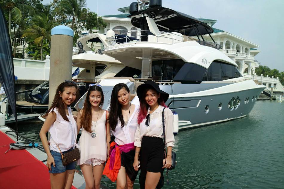 The girls with the MCY70 in the background