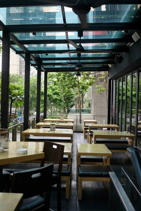 There is an al fresco dining area for those of you who prefer fresh air