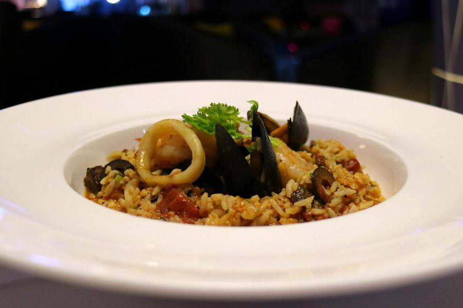 Slow Cooked Seafood Rice - RM38.00