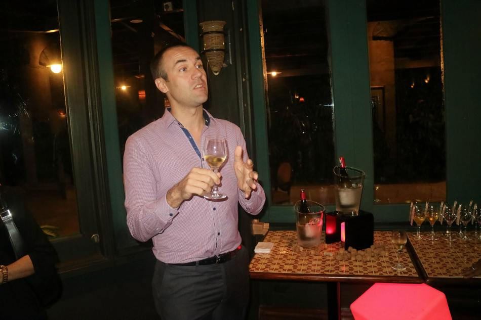 David from Winetalk explaining the wines in detail