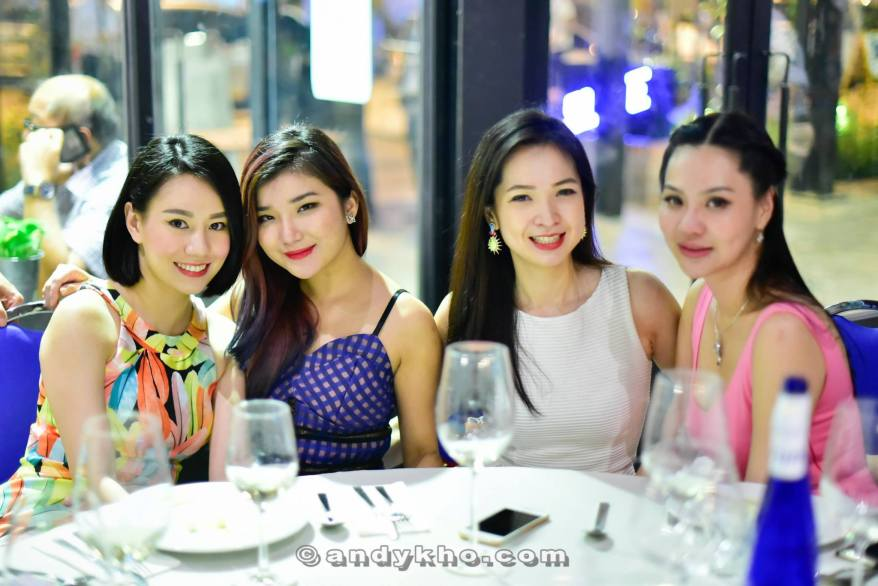 Stephinie Tan, Hibbie, Denise Ang and Adelyn Kang