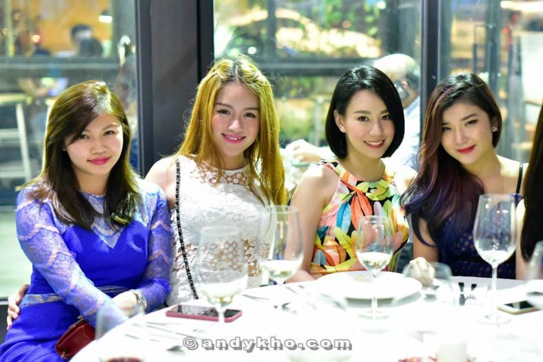 Pearl Liang, Angeline Yap, Stephinie Tan and Hibbie