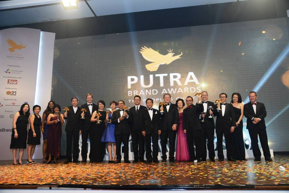 The winners of the Putra Brand Icons and Putra Brand of The Year