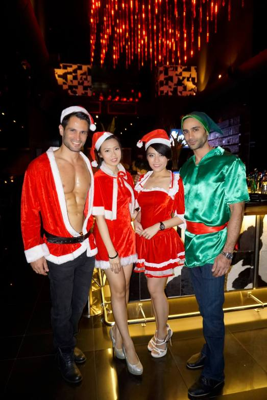 It was also nearing Christmas so the hosts and hostesses were dressed up in Christmas costumes
