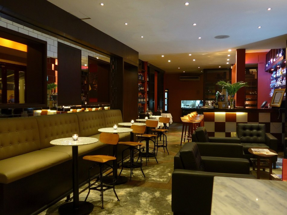 When you step into the restaurant you will first enter the lounge section which houses some high tables as well as sofas. Good for enjoying pre or post dinner drinks.
