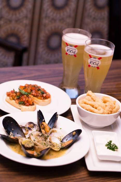 O'Galito - Sauteed Clam & Mussel, Fried Mozarella Sticks and Bruschetta with Kronenbourg 1664