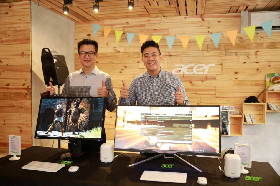 Fast forward to 2015 where Acer launches their curved computer monitors meant to give hardcore gamers a more immersive experience during gameplay!