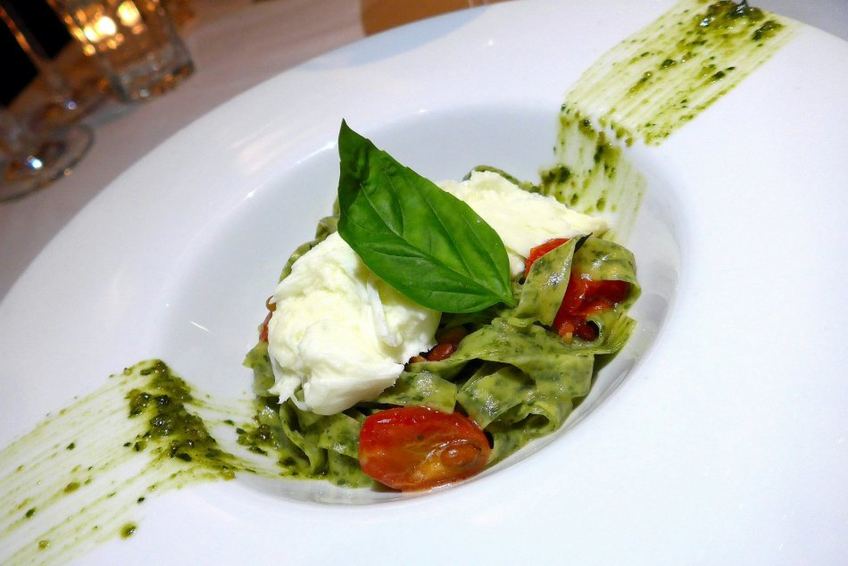 Entrée - Fresh homemade Spinach Taglierini with Burrata Cheese, Cherry Tomatoes, Roasted Pinenuts