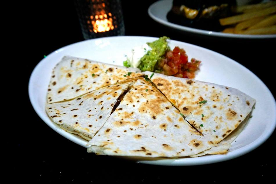 Bell Pepper Quesadilla, sour cream, guacamole with roasted chicken - RM22.00