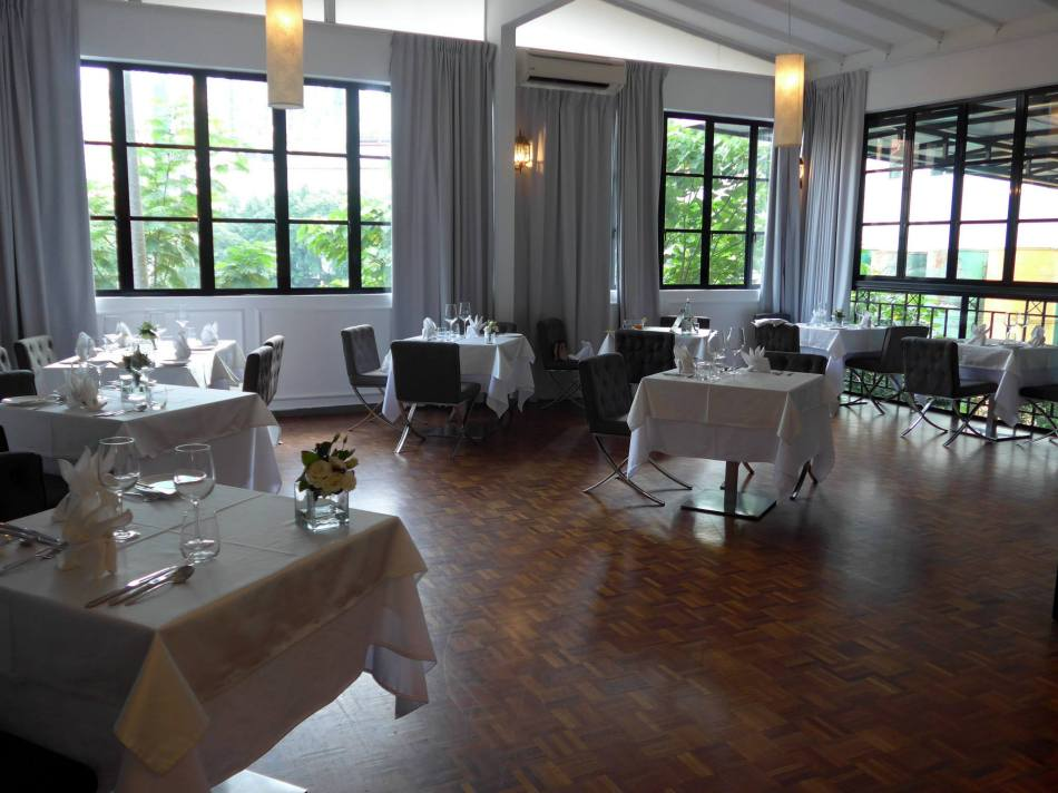 The dining room is lit by the sunlight during the day but Chef Thierry told us that the ambience is very romantic at night hence it is a popular choice for couples