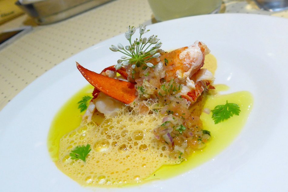 Poached Boston Lobster Salad on Grilled Mango with Truffle Oil