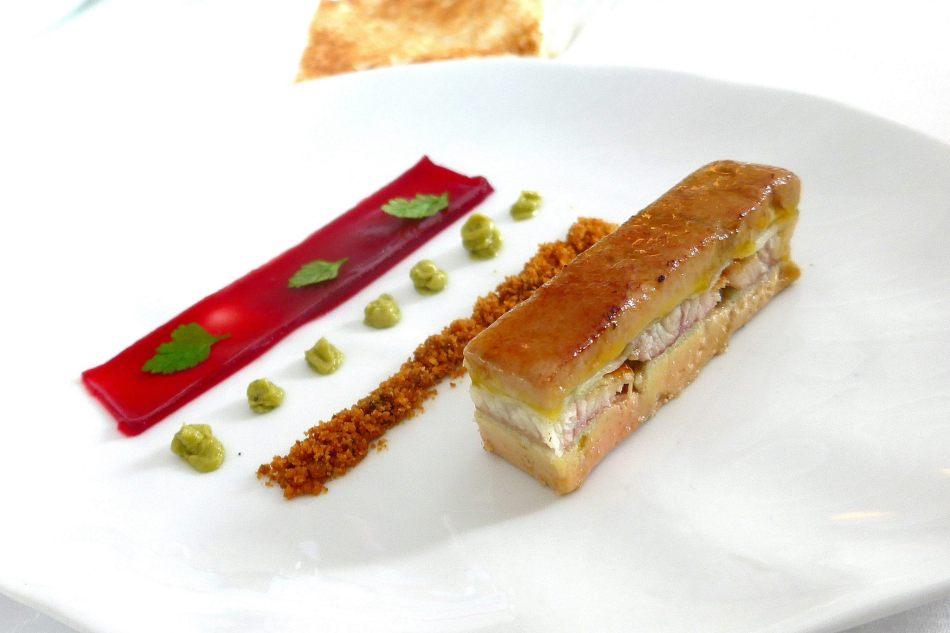 Appetiser 1 -Millefeuille De Foie Gras, Anguille Fumee Maison, Pomme Verte,Gratine a la Minute