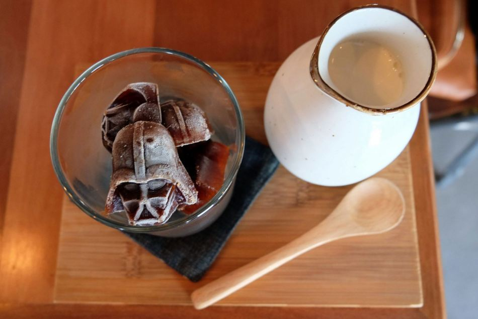 Darth Vader Coffee Cube with Milk - RM15.00- Star Wars Fever Series