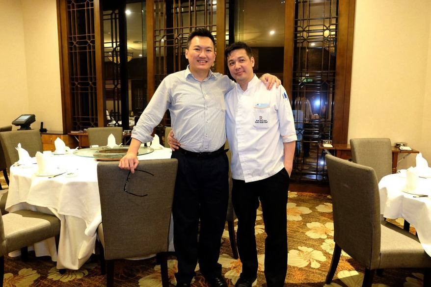 With Chef Kok. It's nice to see him a couple of time a year namely Chinese New Year, Mooncake festival and MIGF