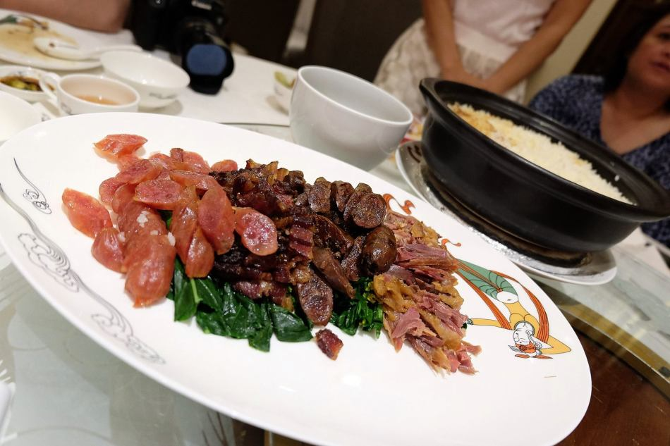 The Lap Mei Fan - I acctually prefer the meat separated from the rice so you can take the meat that you prefer.