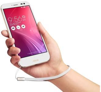 Asus ZenFone Zoom (11)