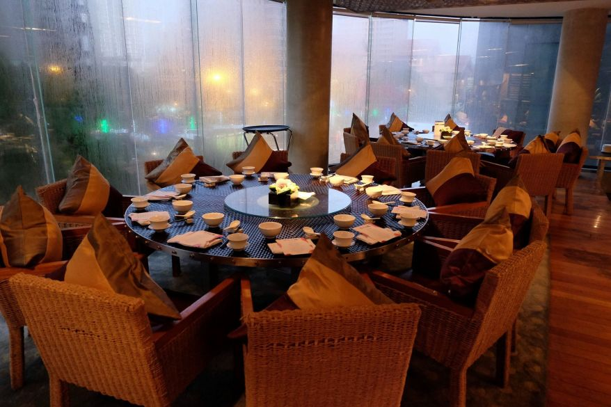 It was raining heavily that evening so the windows were frosted up actually contributing to an even nicer ambience
