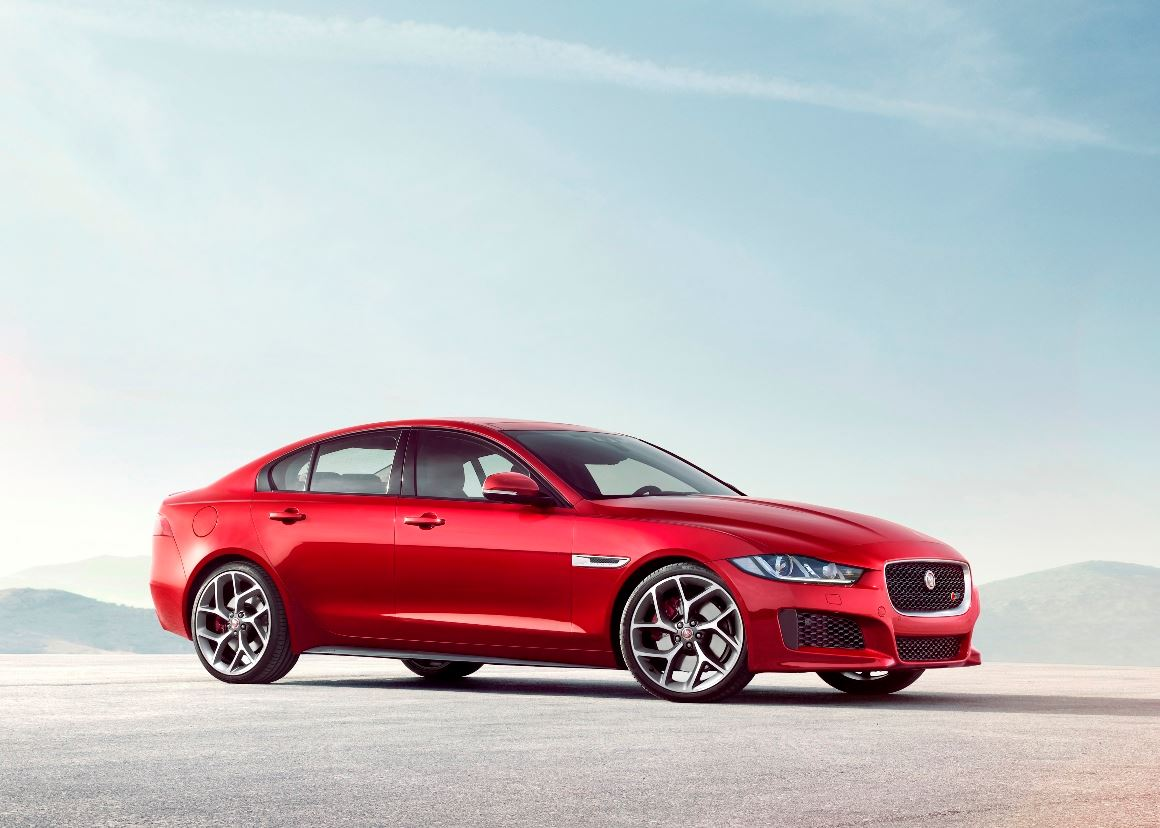 jaguar xe sports sedan launched in malaysia. Black Bedroom Furniture Sets. Home Design Ideas