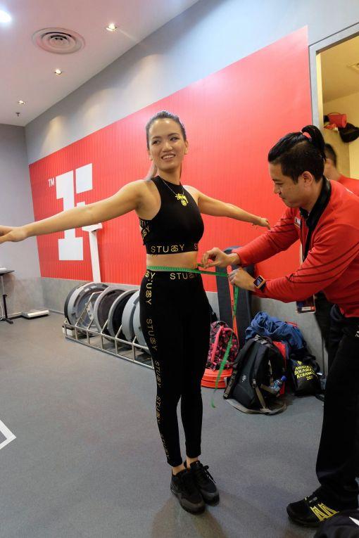 Stephanie getting measured