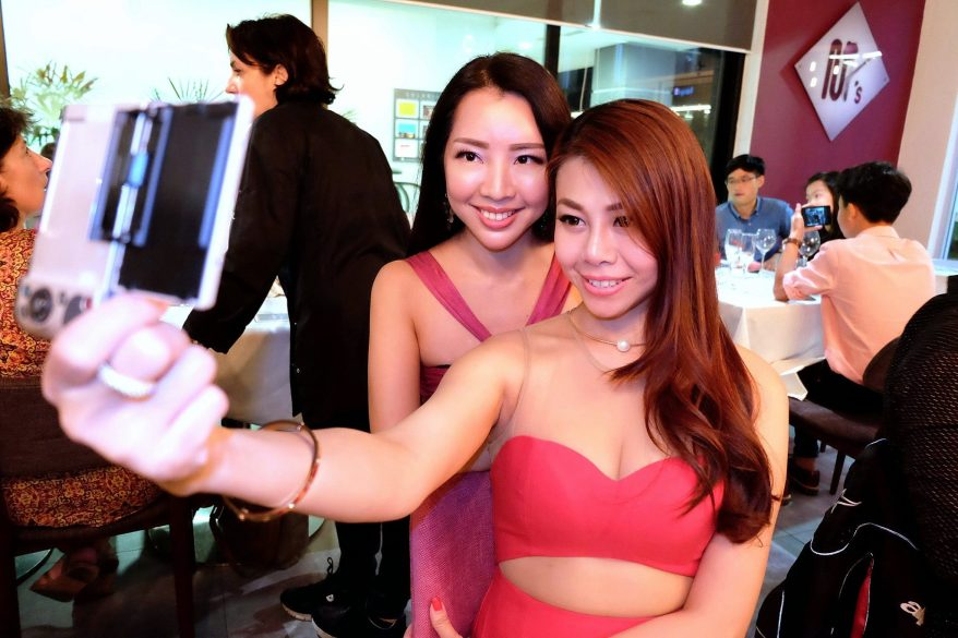 Of course, the girls couldn't resist taking selfies