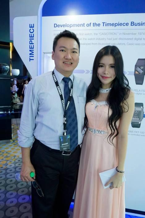 With the pretty DJ Vera who's one of Casio Malaysia's brand ambassadors