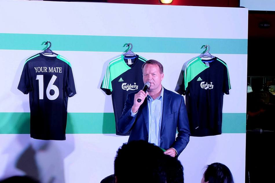 Henrik Juel Andersen, Carlsberg Malaysia Managing Director briefing us media during the press conference