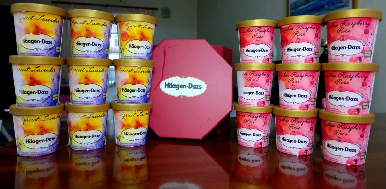 The nice folks at Haagen Dazs sent me some of their new ice cream flavours for me and my bloggers/ influencers from Malaysia's Hottest Bloggers to try! Thank you Haagen Dazs!
