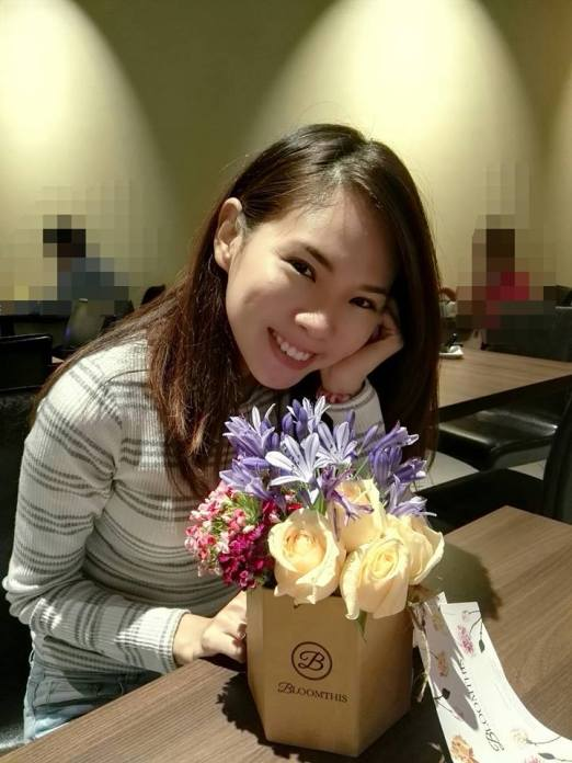 Mei Sze was thrilled to receive the flowers