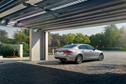 Jaguar XF Prestige (11)