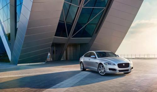 Jaguar XF Prestige (9)