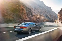 Jaguar XF Sport (4)