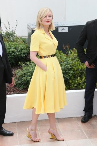 Kirsten Dunst Cannes Film Festival 2016 Dior Yellow Dress (3)