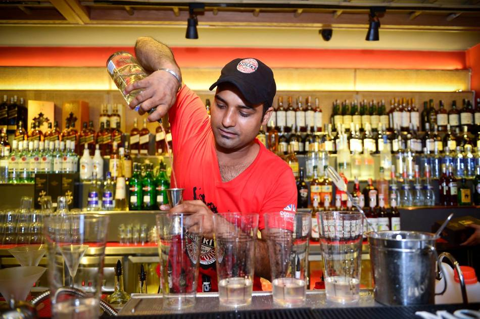There's also a full bar which serves draught beers, liquor, wine and cocktails!
