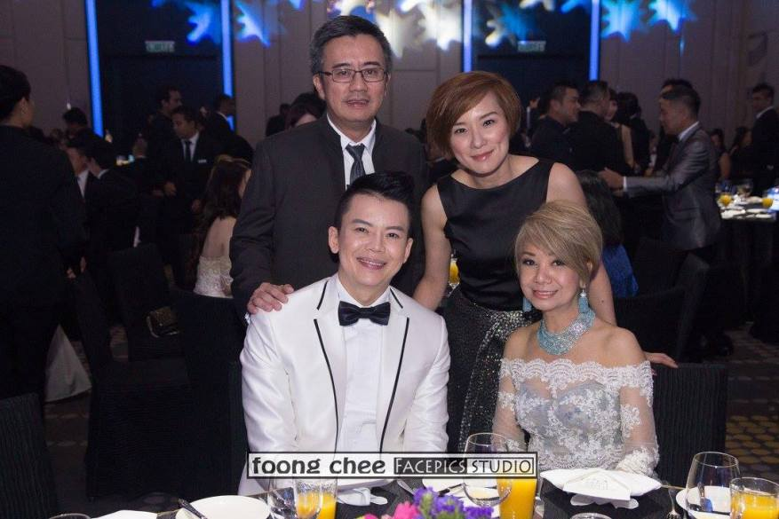 Steve Wee and Datin Winnie Loo with Angel Wong Chui Ling and partner