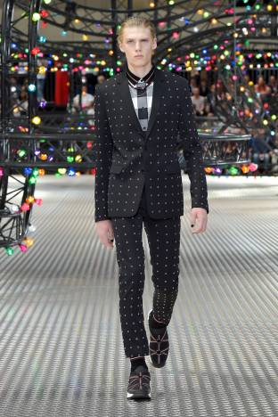 Dior Homme Summer 2017 Collection (11)